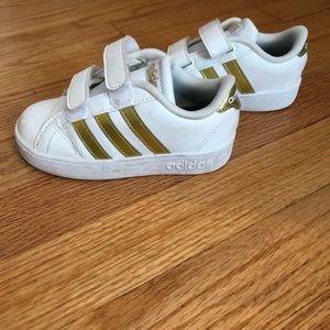 Toddler girls size 8 adidas sneakers